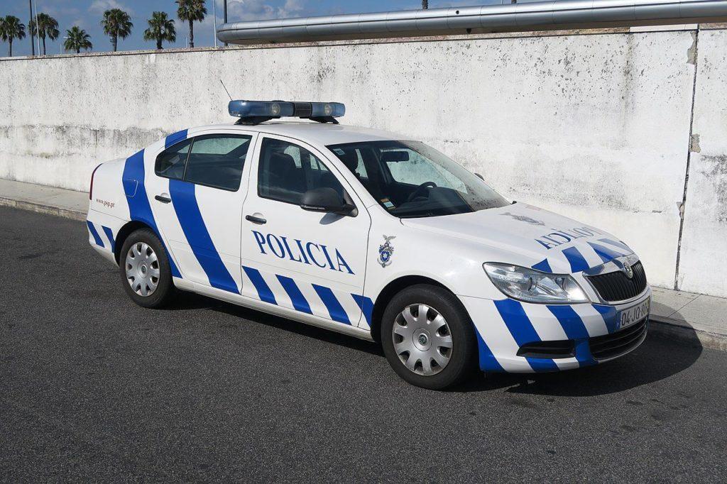 Detido em flagrante delito pela PSP com carro acabado de furtar em Cascais