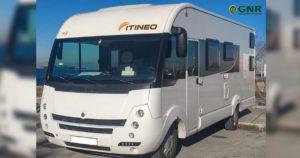 Autocaravana furtada a 18 de Junho no parque de estacionamento do aldeamento Pedras d'el Rei em Tavira
