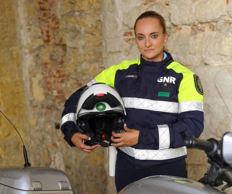 GNR Brigada Motos Mulher