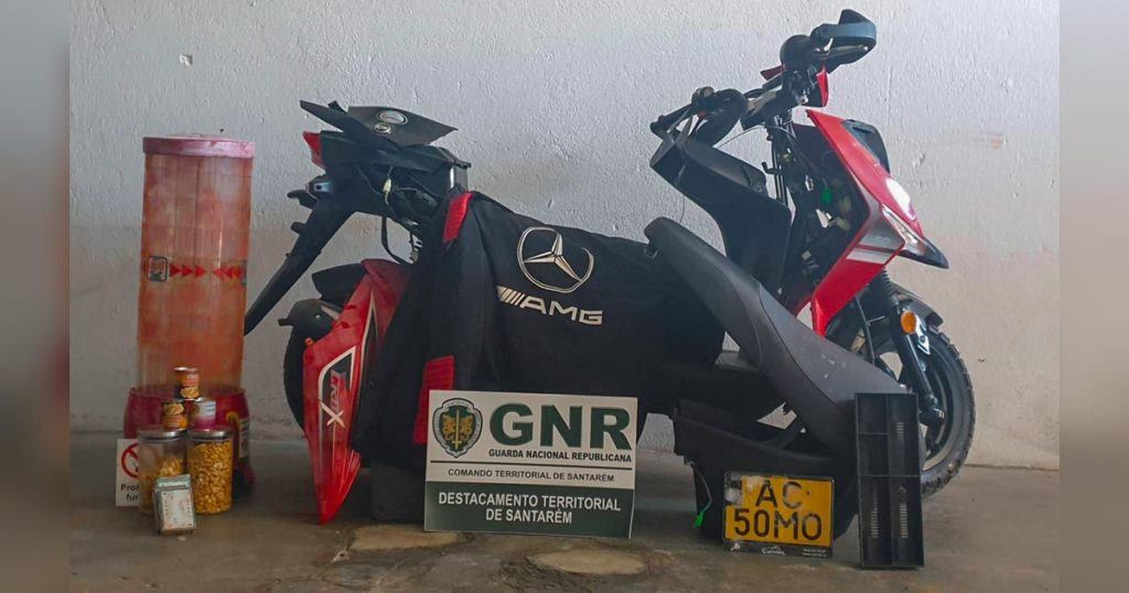 Material furtado em Vale Figueira, Santarém