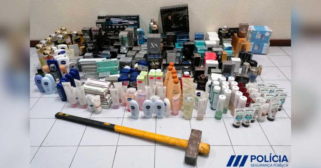 Objetos de perfumaria e cosmética, furtados na Maia