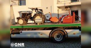 Trator furtado em Santa Comba Dão, recuperado pela GNR