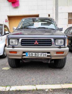 frente Pickup Mitsubishi L200 furtada em Belém Lisboa